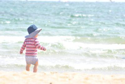 Protéger son bébé de la chaleur : conseils et astuces pour l'été